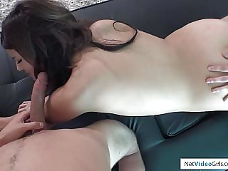 Vanessa Returns For Ambush Creampie and Threesome!