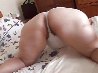 Mature Jayne's lovely big ass 1