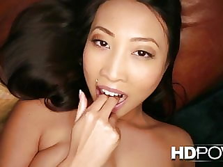 HDPOV Sharon Lee lets you cum on her stomach