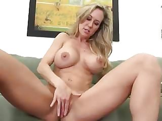 Brandi Hot Milf With Big Clit Joi #MrBrain1988
