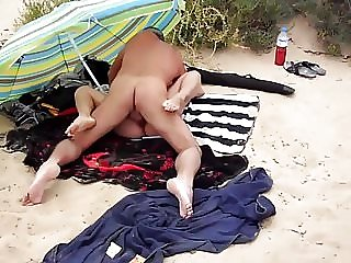 Fucking Lisa on the beach