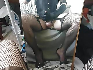 Polish cd cumming on mirror