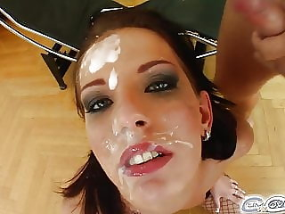 Skinny brunette's cocksucking fest leaves her white