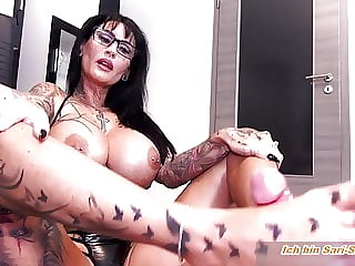 Best footjob from big tits monster tattoo amateur milf feet