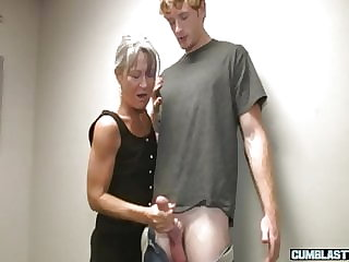 Grayhaired cocktugging amateur gilf