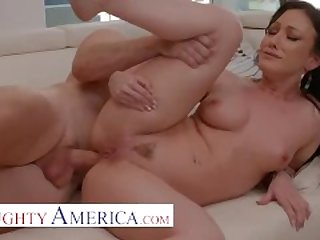 Naughty America - Jennifer White loves to get Anal Fucked