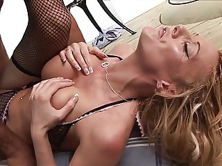 Big tits Parcel Girl loves milking home owner guys dicks