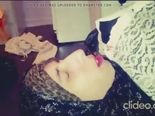 Morrocan hijab wife getting cummed all over her face