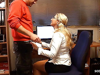 German Mature Seduce Young Worker to Fuck for pay Bill