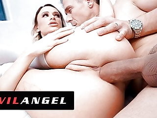 EvilAngel - Emma Hix Turned Inside Out From Ass Plowing