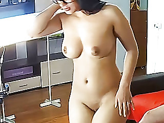Big Ass Babe Kiki in Camshow Gets Blowjob & Hot Sex (Real Ca