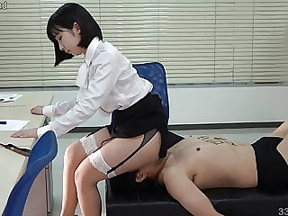 Japanese Femdom Human Chair and Facesitting