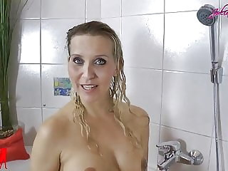 JuliaPink: Great milk enema