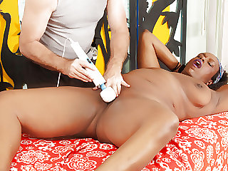 Fat Black Lady Heather Mason Enjoys a Hot Rubdown