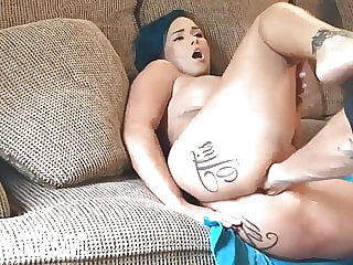 Anal Fisting Hot Wife till she squirts