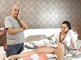 DADDY4K. Bad girl Dolly Diore decides to have wild sex