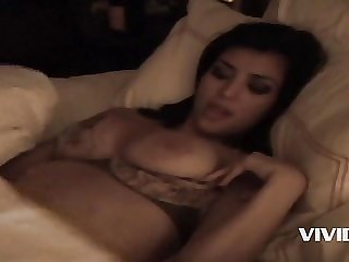 Kim Kardashian Sex Tape: Kim K & Ray J Nude Porn Video