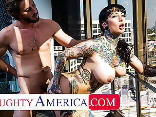 Naughty America - Jessie Lee gets fucked in her office