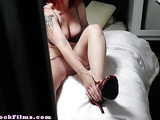 Mom Cures Son's Nylon Pantyhose Fetish