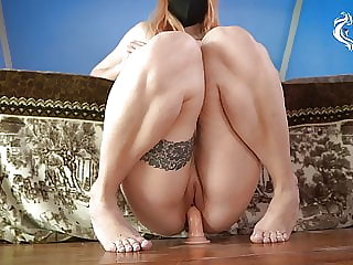 Horny girl with cool ass rides dildo