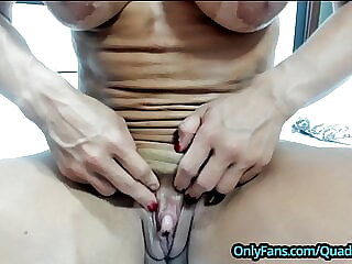 Muscle MILF with Extreme Big Clit