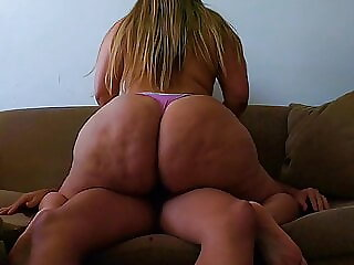 Perfect Thick Ass Bouncing On Dick On The Couch