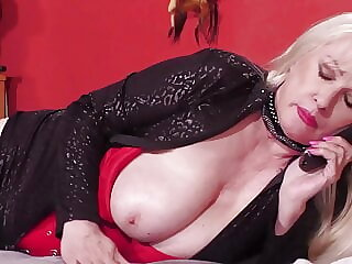 Big mature wife with big sex hunger