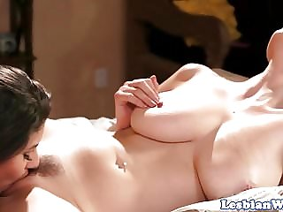 Lesbian beauty pussylicking bigtitted cougar