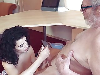 Old and young cumshot compilation Teenagers oral sex