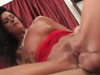 Sexy cougar milf with hells fucks really good