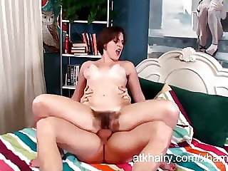 Hairy girl Beryl enjoys jizz in her armpits
