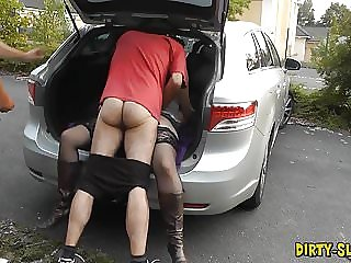 Slutwife Nicole's new dogging video