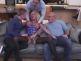 Scouse MILF Squirt and DP