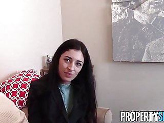 PropertySex - Real estate agent turns out to be escort