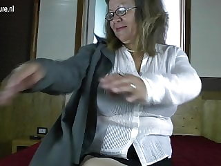 Classy granny with big tits and hungry vagina