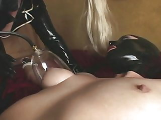 Fetish, Rubber & BDSM-Girl
