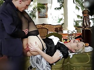 New maid offers herself for lunch