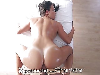 Passion-HD - Babe Lily Love massage a cock between her tits